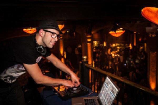 image annonce DJ professionnel pour votre mariage - Montréal