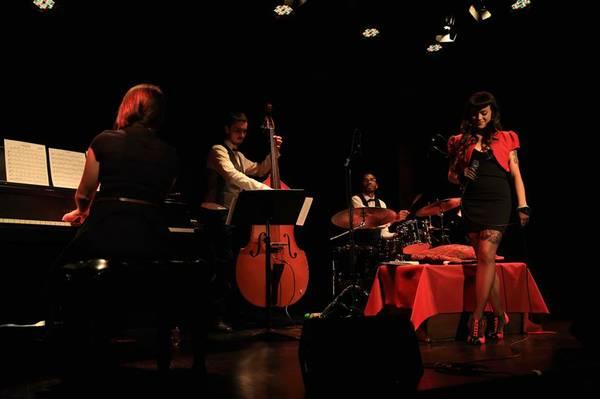 image annonce Jazz signer : band for events, cocktails, weddings, 5 à 7. (Montréal)