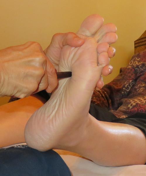 image annonce Massage de détente et Thai massage à Trois-Rivières Réflexologie thaïlandaise - Massage des pieds et jambes et spa