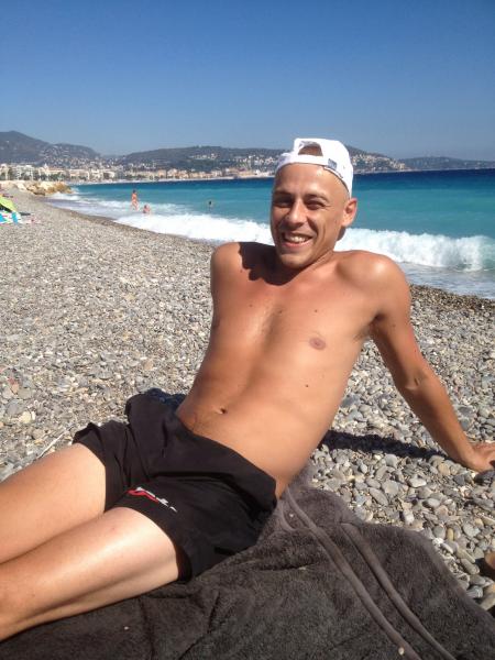 image annonce Estheticien tond rase epile toutes parties du corps aux hommes à Nice